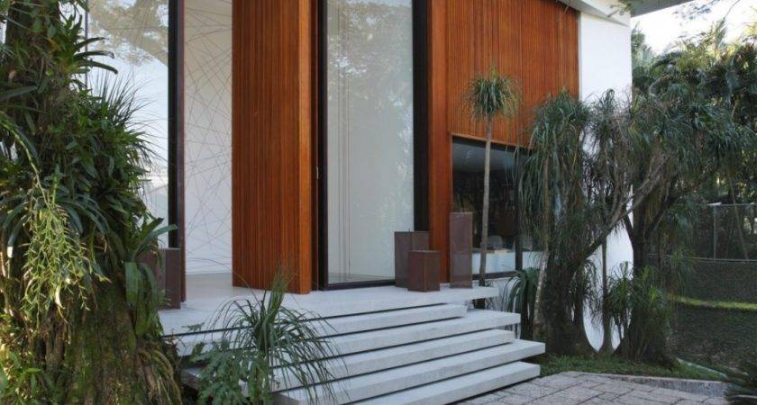 Achitecture Awesome Contemporary House Features Ideas