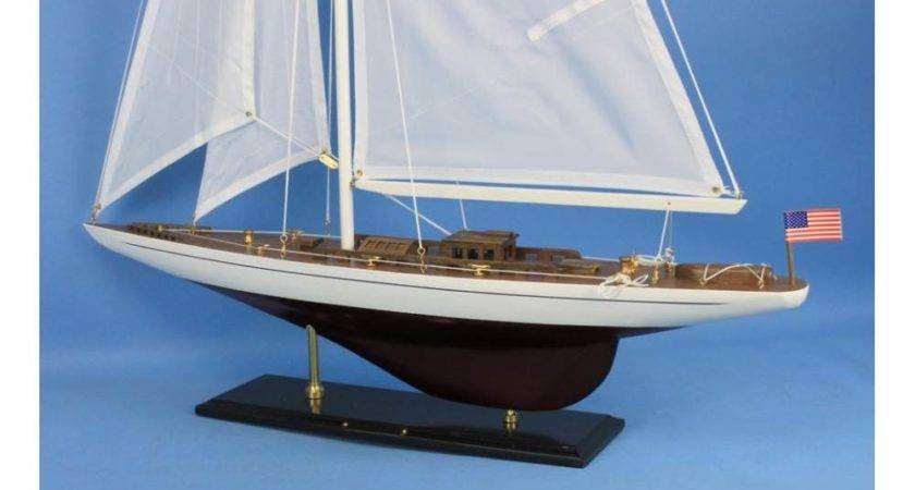 America Cup Ranger Sailboat Decoration Model