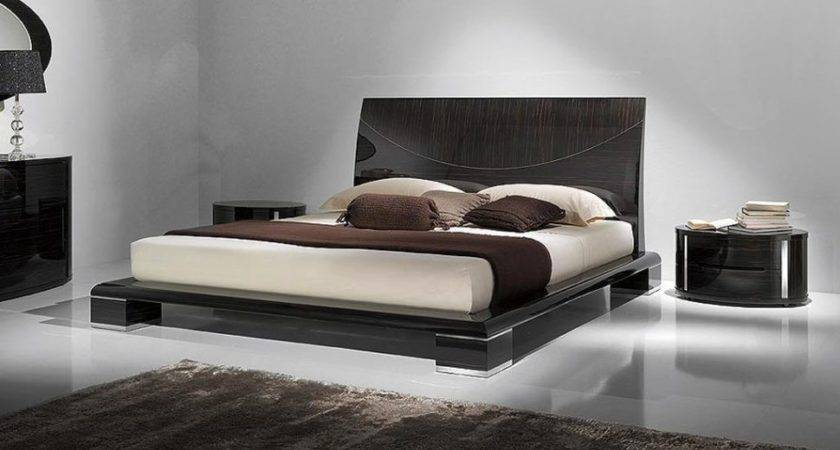 Bedroom Engaging Ultra Modern Double Beds