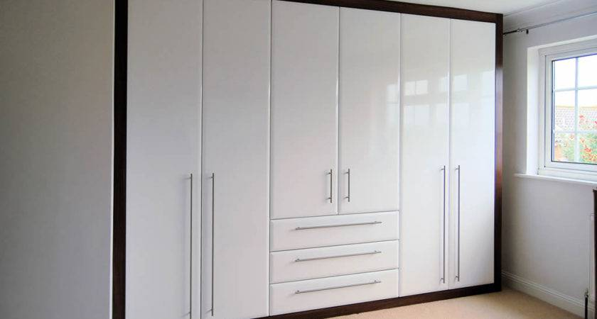 Bedroom Styles Woodpecker London Fitted Wardrobes