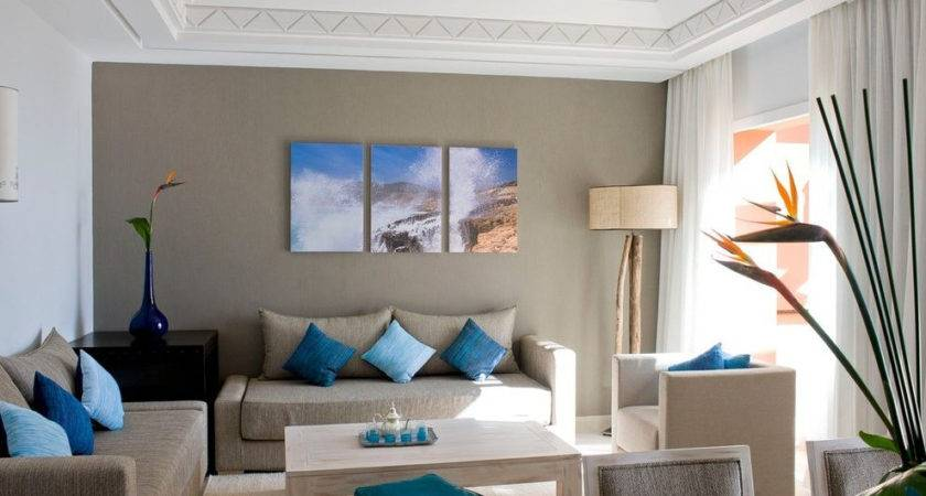 Beige Accent Wall Living Room Contemporary Sofa