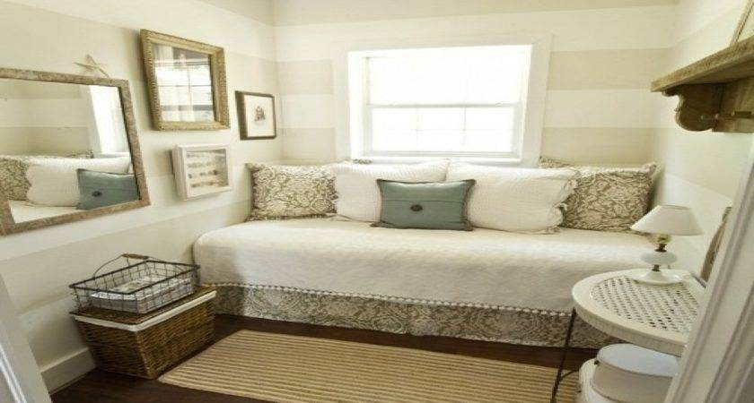 Best Guest Bedroom Ideas Small Spaces