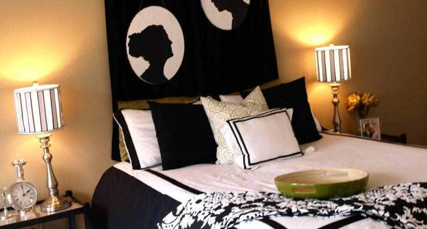 Black White Master Bedroom Decorating Ideas
