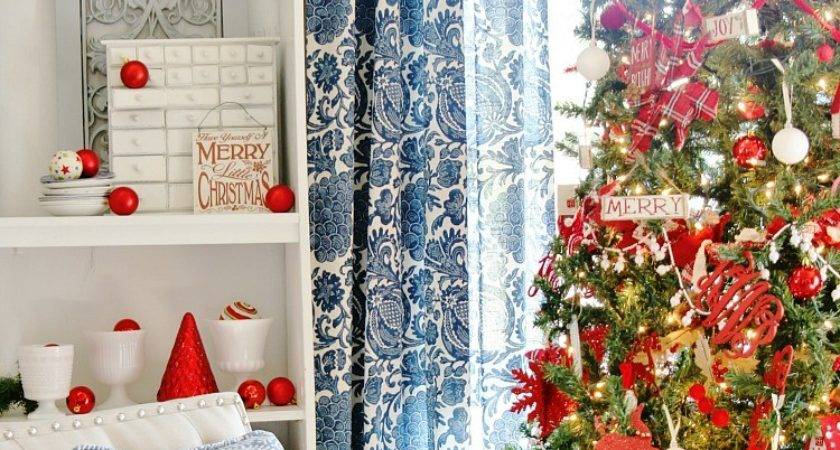 Blue White Red Christmas Decor Giveaway