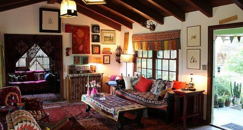18 Delightful Boho Style House Homes