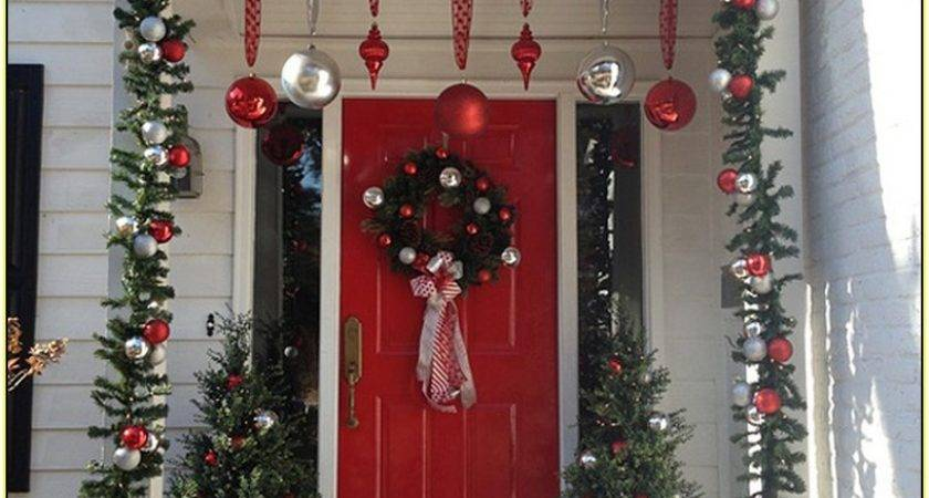 Can Decorate Front Door Christmas