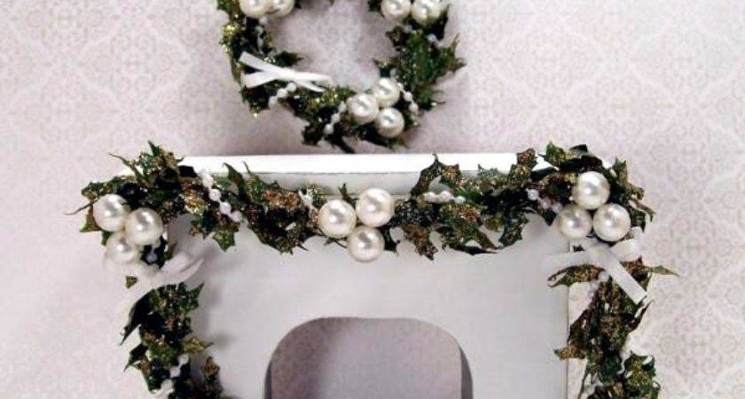Christmas Decoration White Green Color Scheme