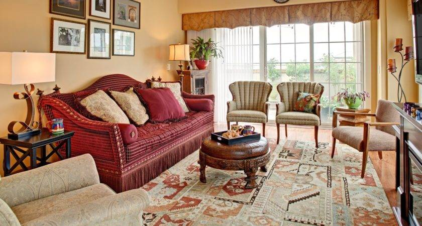 Classic Artistic Luxury Red Living Room Sofa
