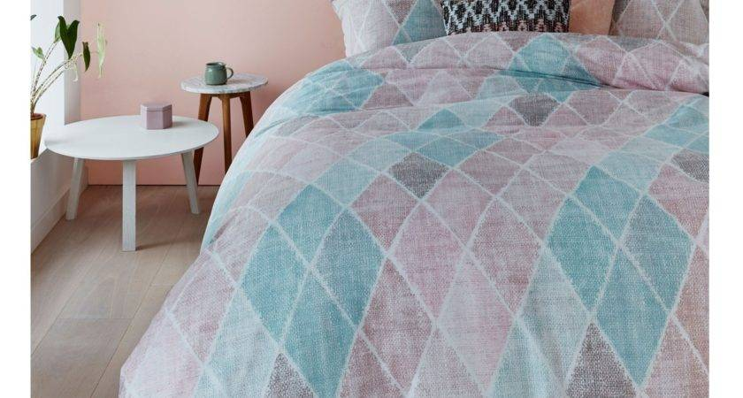 Cotton Percale Castillo Pastel Quilt Cover Set