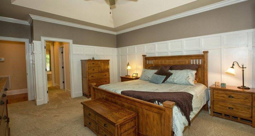 Craftsman Master Bedroom High Ceiling Wainscoting