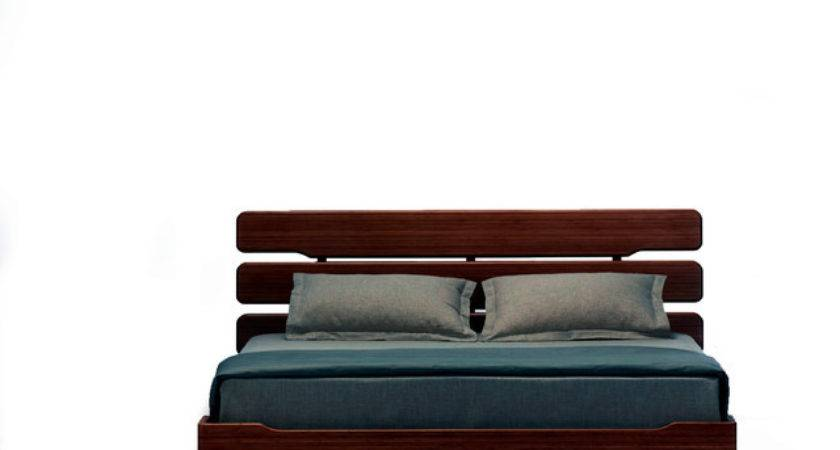 Currant Queen Platform Bed Contemporary Beds