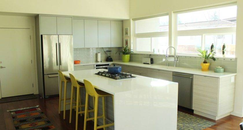 Decorate Kitchen Without Losing Countertop Space