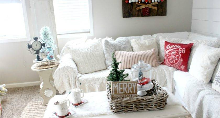 Decorate Your Coffee Table Christmas Glam