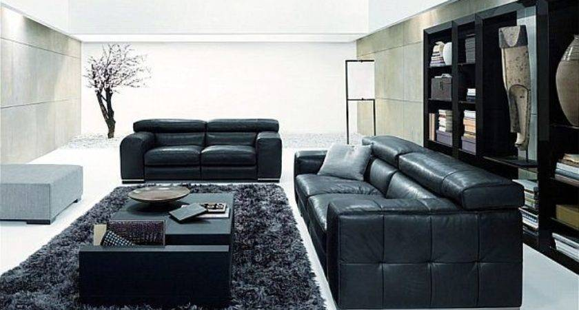 Decorate Your Living Room Using Black White