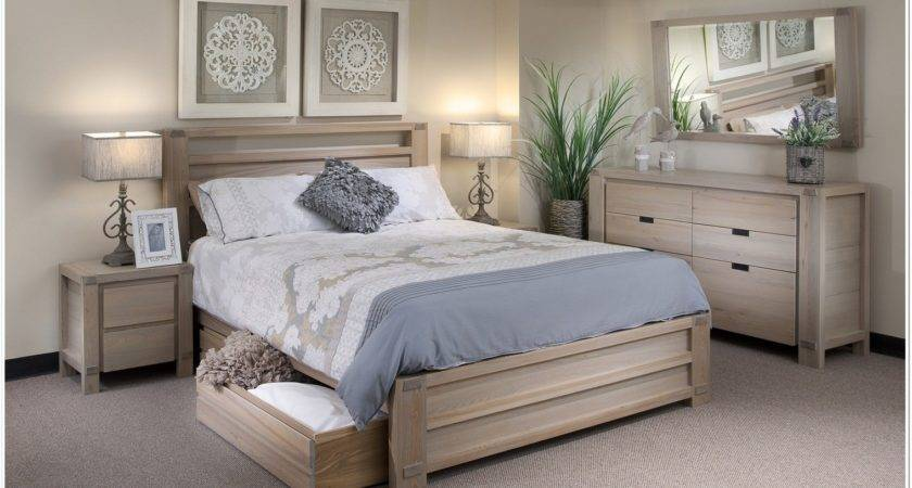 Decorating Ideas Off White Bedroom Furniture Beach