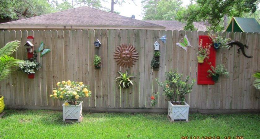 Decoration Charming Outdoor Fence Decorations Awesome