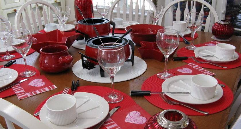 Decoration Stylish Red White Dinner Table Setting Ideas