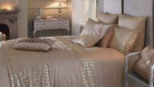Designer Bedding Offers Discounted Bed