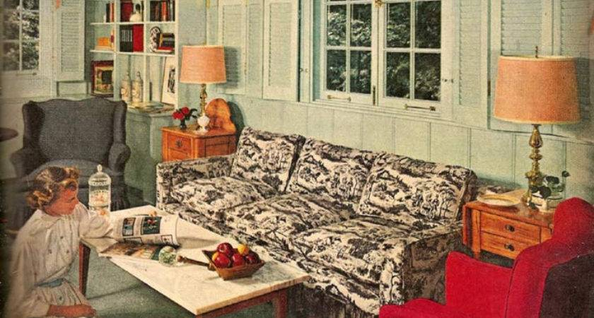 Early American Living Room Mid