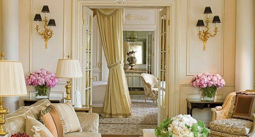 Elegant Decor