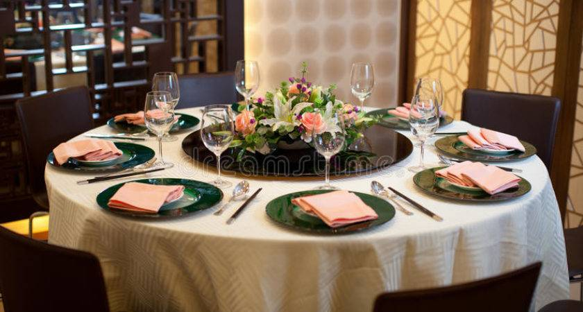 Formal Table Setting Flower Decoration