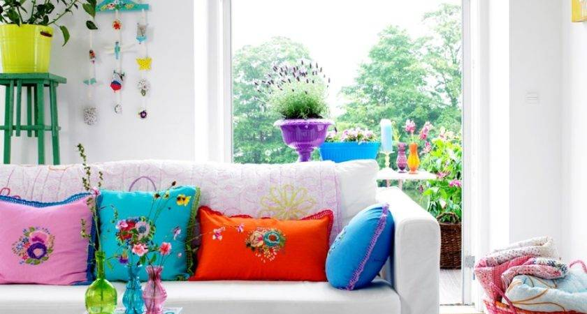 Fun Bright Living Room Color Ideas Wrapping Comfort
