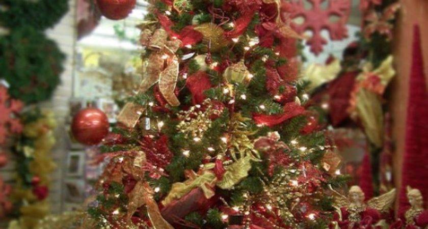 Fun Plannet Red Gold Christmas Tree