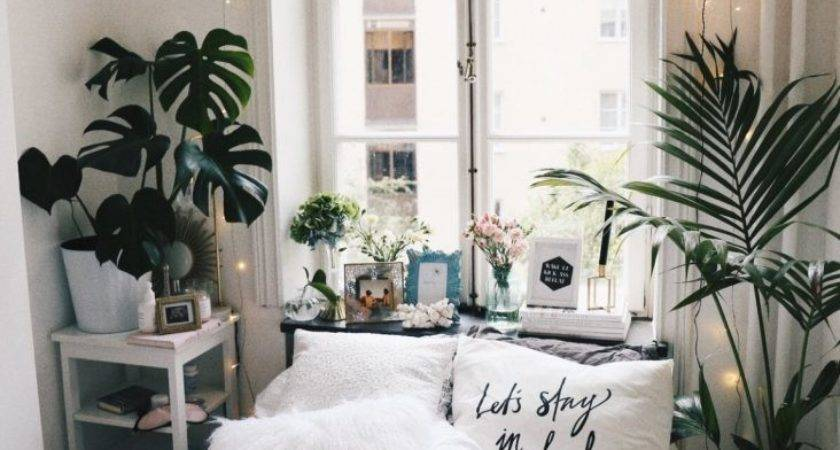 Genius Decorating Tips Small Spaces Career Girl Daily