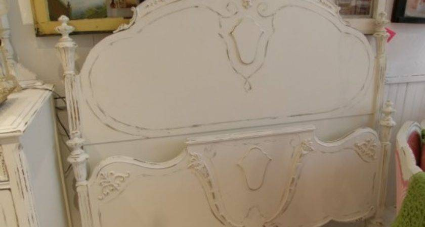 Georgous Antique Bed Frame White Shabby Chic