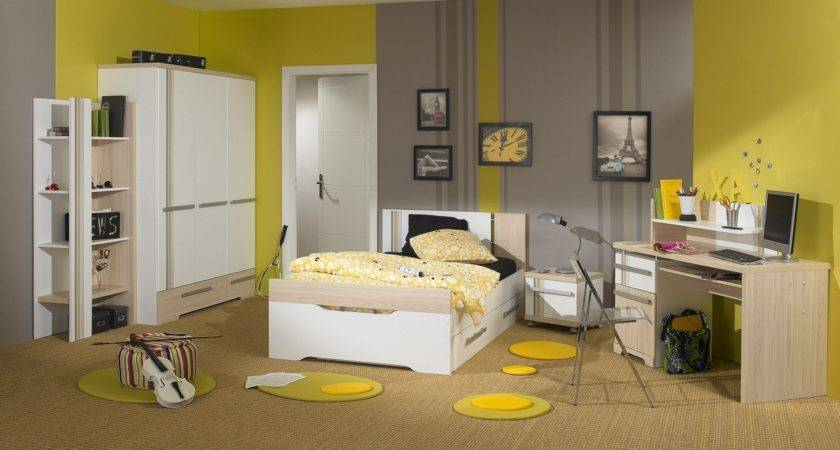 Gray Yellow Bedroom Theme Decorating Tips