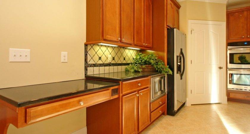 Great Under Cabinet Microwave Decorating Ideas