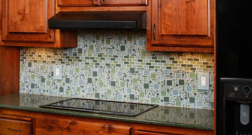 Kitchen Backsplash Grasscloth