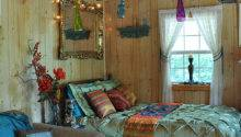 Little Bohemian Cabin Tiny House Swoon