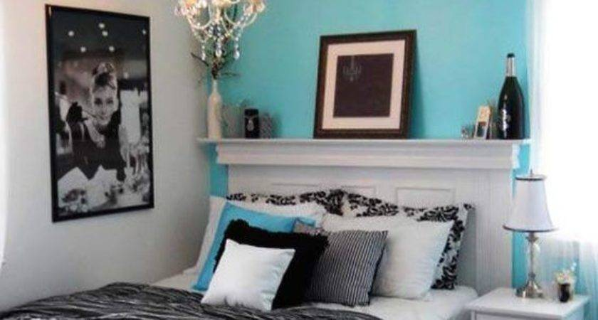 Love Paris Themed Bedroom French Damask Theme