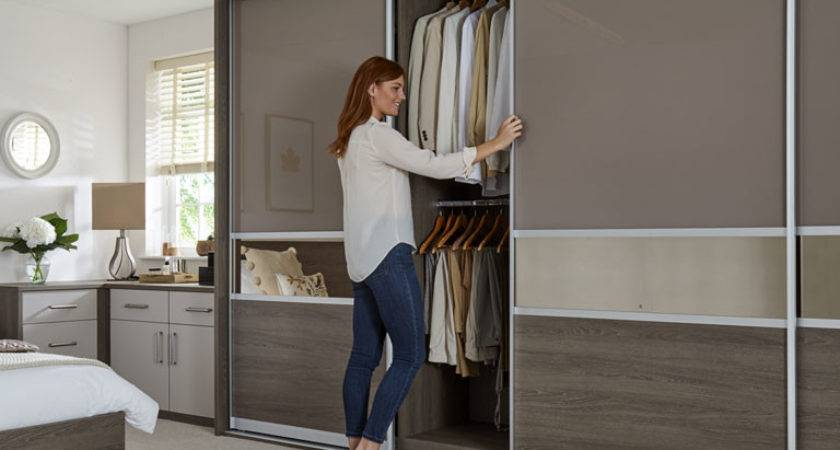Luxury Fitted Bedroom Furniture Built Wardrobes