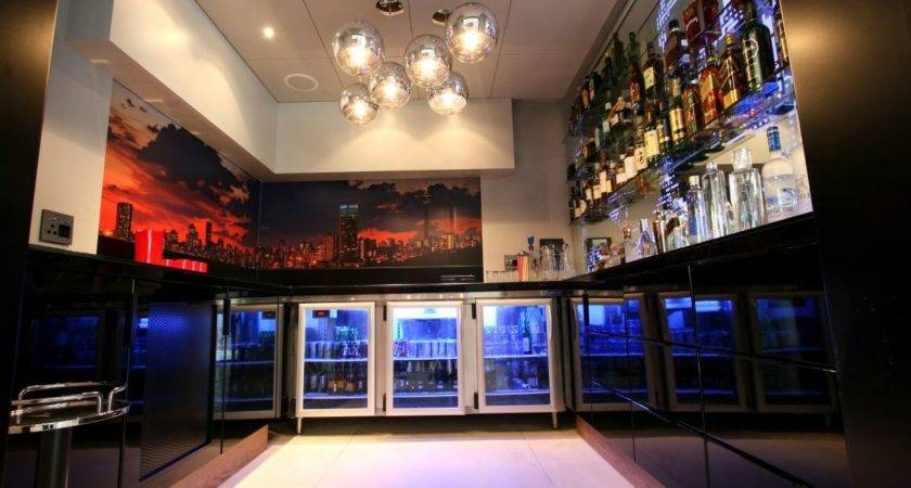 Luxury Large Contemporary House Bar Home Building