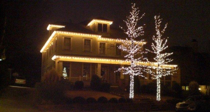Simple Outdoor Christmas Light Decorating Ideas Placement
