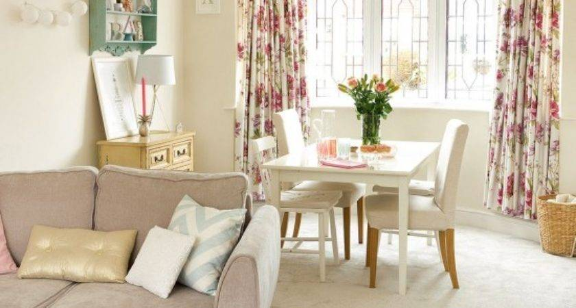 Modern Living Room Mismatched Shabby Chic Touches