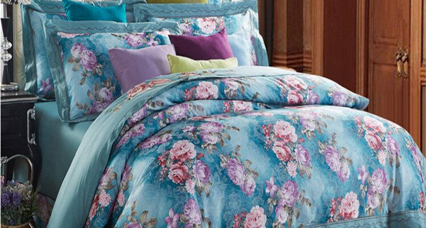 New High Quality Silk Cotton Pieces Bedding Sets
