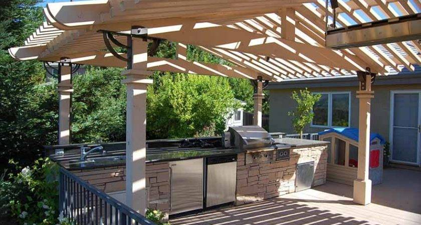 Outdoor Kitchen Wood Pergola Design Ideas