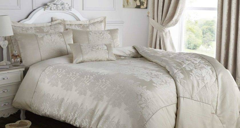 Palmero Luxury Woven Damask Quilt Duvet Cover Set Bedding