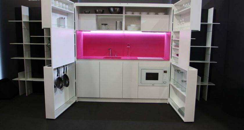 Pia Revolutionary Kitchen Offers Luxury