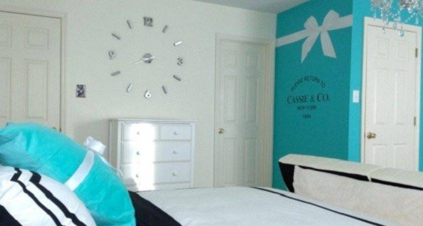 Pretty Combo Turquoise Black Bedroom