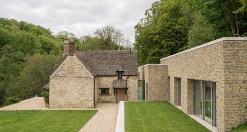 Private House Cotswolds Farmhouse Exterior London