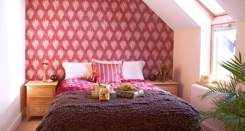 Red White Bedroom Patterned