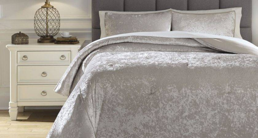 Rosemaria Light Gray Queen Comforter Set Ashley