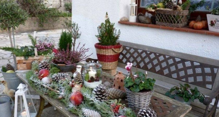Simple Outdoor Christmas Decoration Ideas
