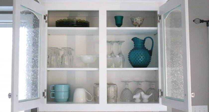 Simple Ways Choose Glass Kitchen Cabinet Doors