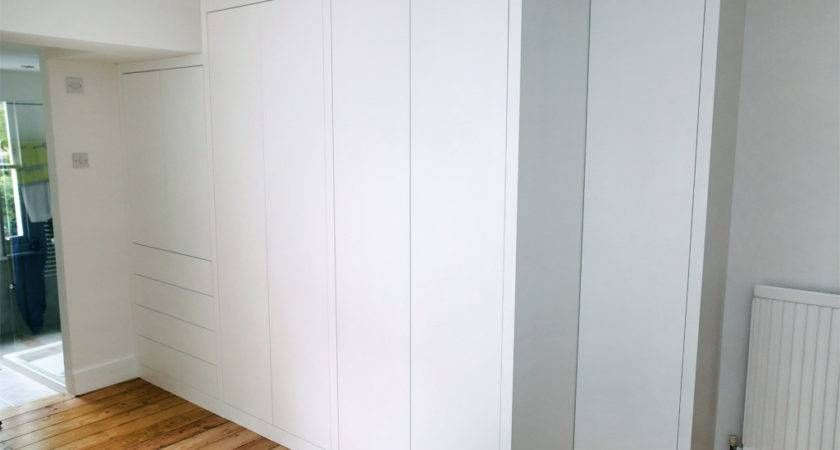 Sleek White Modern Fitted Wardrobes Bespoke Furniture