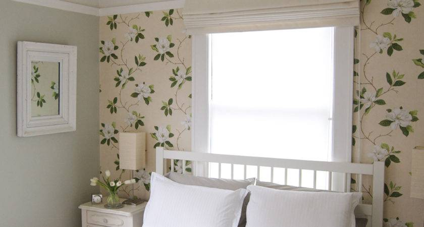 Small Guest Bedroom Decorating Ideas Home Design